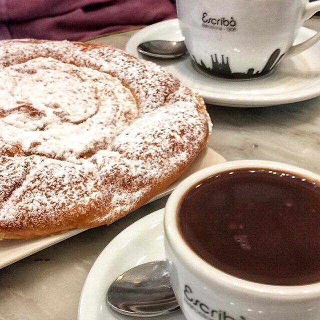 Hot chocolate is what I need right now 😍👅 BARCELONA TRAVEL DIARY up on the blog 🇪🇸! One of my favourite hot chocolates in Barcelona 👍 (Escribà)