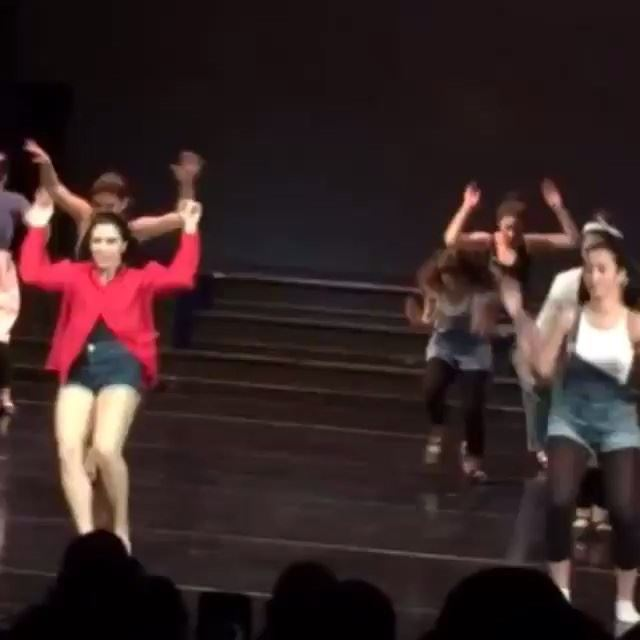 Just a little piece of the dance I did with these girls. Love it! Enjoy it! And they are the beasts!!😍