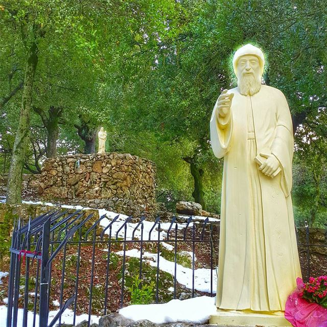 A peaceful place St Charbel pray for us 🙏... stcharbel  prayforus ... (St Charbel Aanaya)