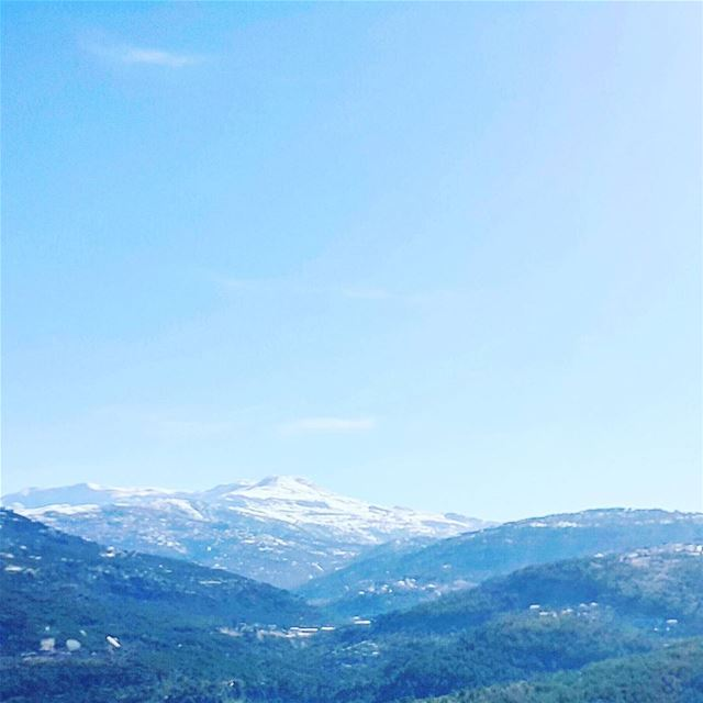 My morning view ❄☉ view mountain snow❄️ sky☁ sunny lebanon... (Knayse)
