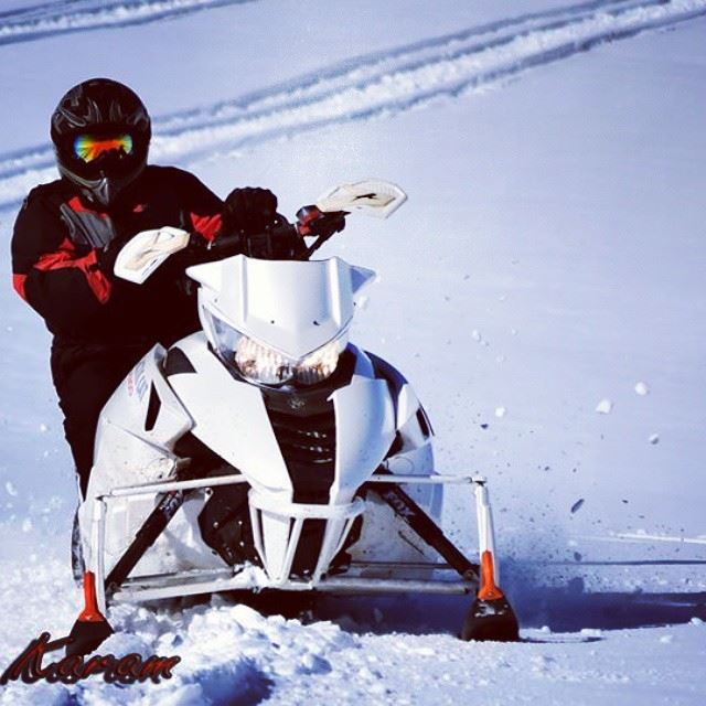 skidoo  snow  sport in  action  photographed  photooftheday  nikond5300 ...