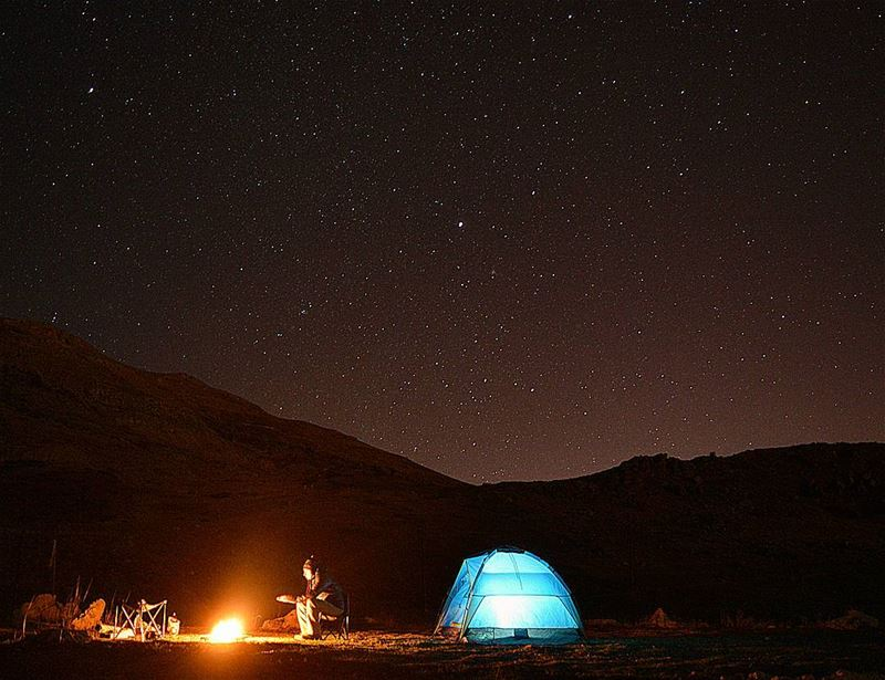 saturday night camping camp stars startrails stargazing moon... (Jabal Sannin)