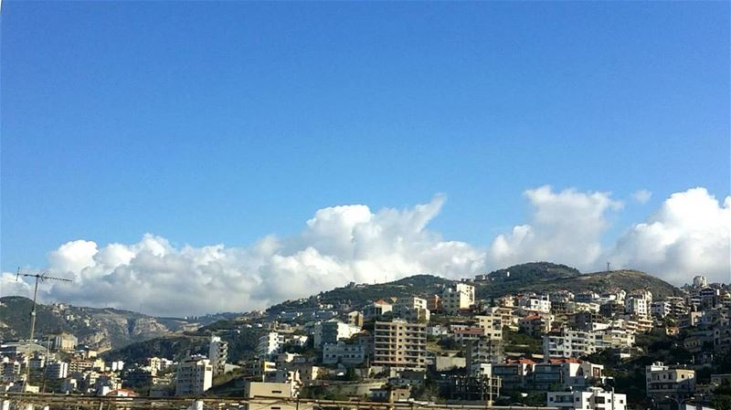 Good morning lebanon!The sun is shining and who can get enough of this... (Naher Ibrahim)