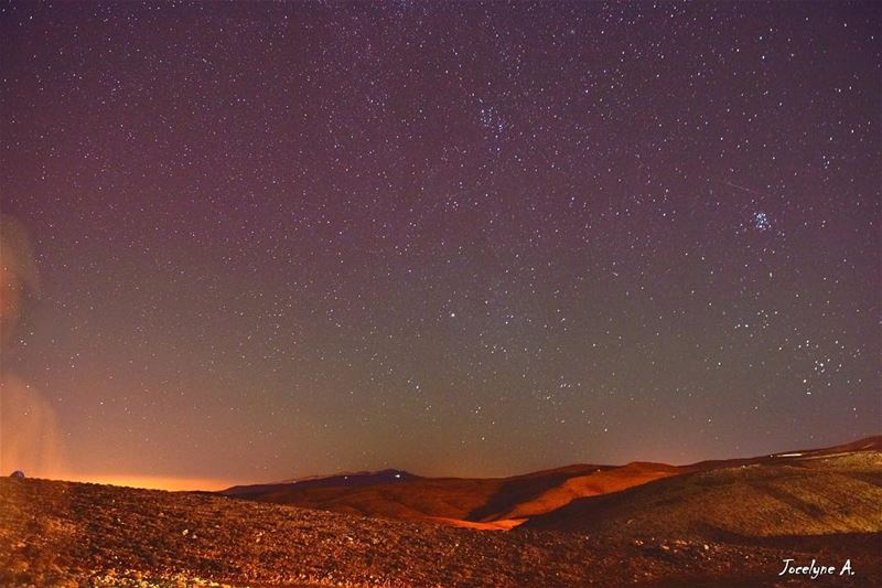 Keep your eyes on the stars and your feet on the ground✨💫💓  stars  look ... (Kfardebian-piste Warde)