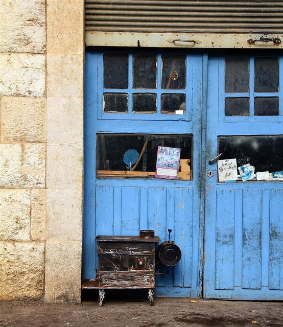 Cycle of life, what changes do you carry us.. winter  season  door  blue... (Douma, Liban-Nord, Lebanon)