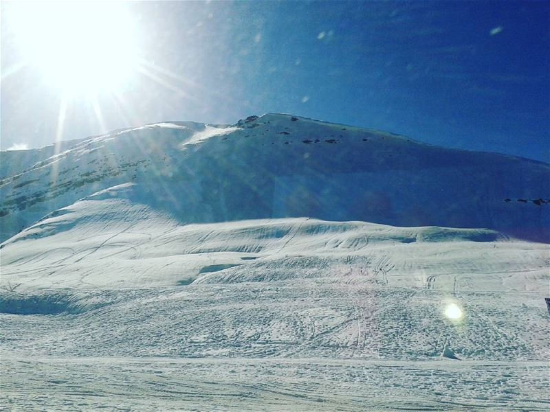 Winter time♥snowing time♥♥♥♥♥ faraya livelovekfardebian livelovefaraya...