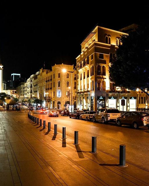 The Downtown of Beirut at 🌙. Good evening all ! ...... ig_lebanon ... (DownTown, Beirut)