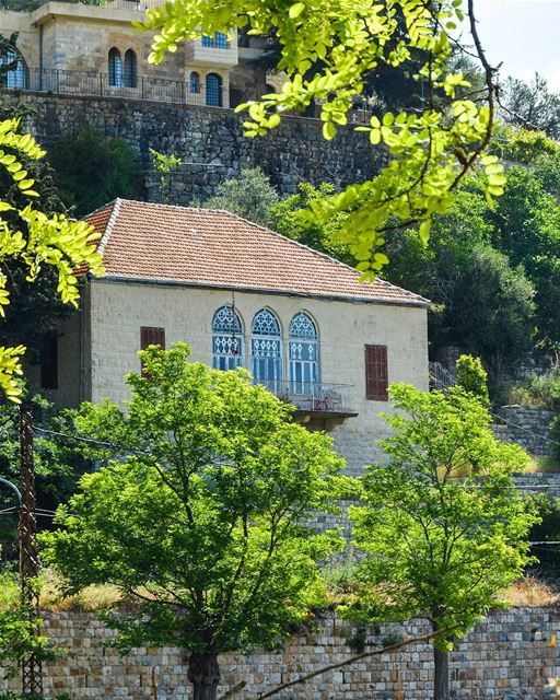 .Good afternoon dear friends from Deir-Al-Qamar. A traditional house and... (Deïr El Qamar, Mont-Liban, Lebanon)