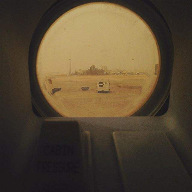 amman  jordan  sandstorm as  clear as it can get  cabin  pressure  airbus...