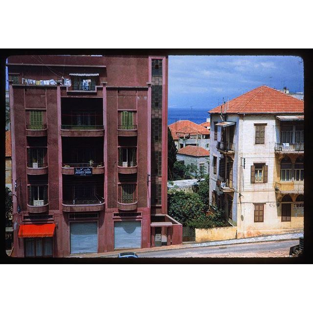Beirut Minet El Hosn , Section Rasperry colored apartment house near the sea .