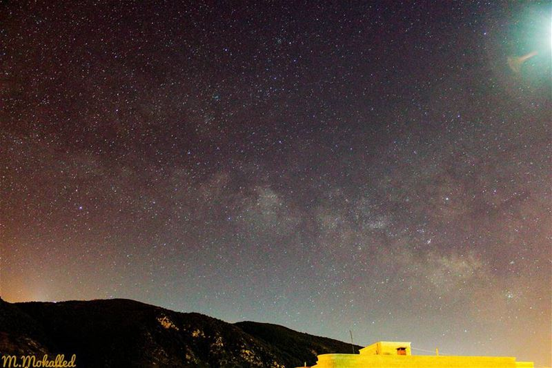 Althought it wasnt a good time to shoot the milkyway due to nearly morning... (Arabsalim, Lebanon)