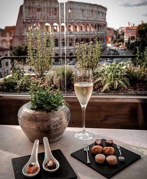 We can't live a positive life with a negative mind🥂🥂🥂 live  positive ... (Rome, Italy)