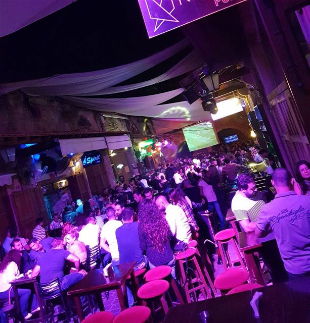 Crazy night☄☄ @reflectpub reflectpub oldsouks byblos jbeil oldtown...