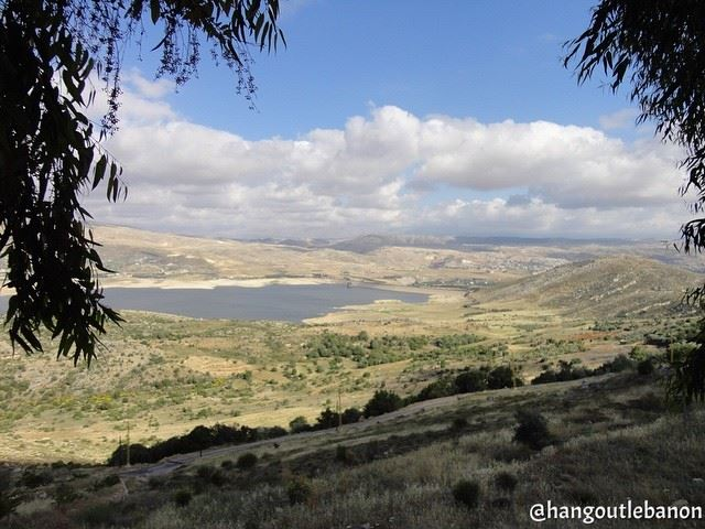 A  muststop on  roadtrip to  westbekaa  nofilter. بحيرة  القرعون،  البقاع_ (Lake Qaraoun)