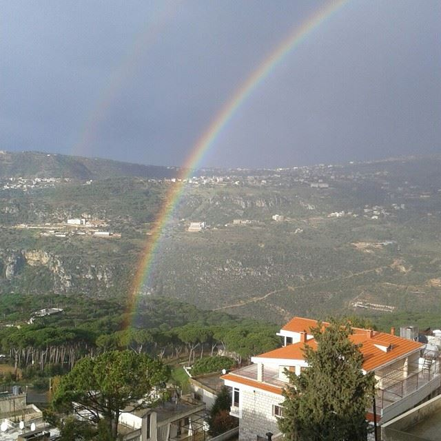لبنان  ضيعتي  lebanon  bzebdine  myvillage  rainbow  nature  tflers @beaut