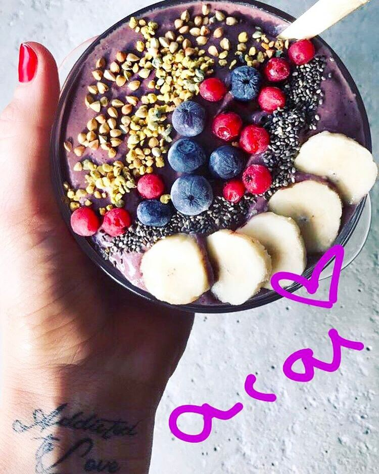 Acai bowls 💜🍧🍇 MY RAW VEGAN HEALTHY COOKING CLASS IN MARCH- for all the... (U Energy Beirut)
