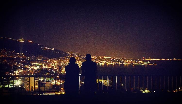 citylights  bay  sea  nights  nightlights  mountainfellas  horizon  views... (Jounieh Bay)