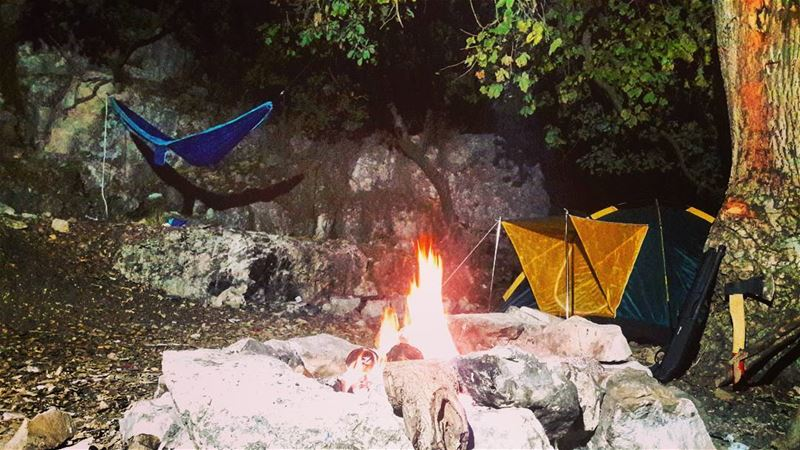 autumn camp camping bonefire fire hammock tickettothemoon tent hike... (Lehfed Country)