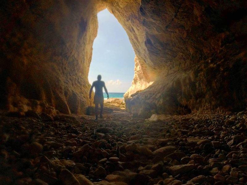 summer 2k16 cave caving beach ocean nature natural shadow blue...