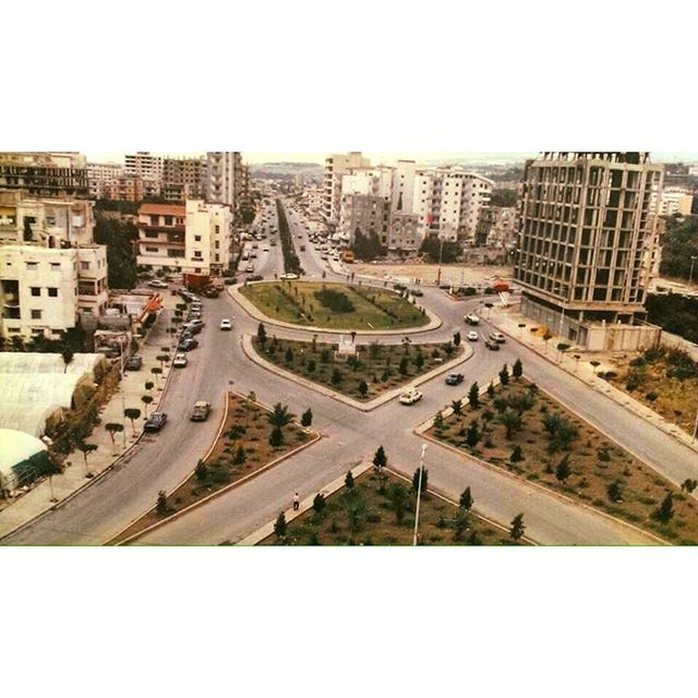 Saida Eliyah Square In 1998 .