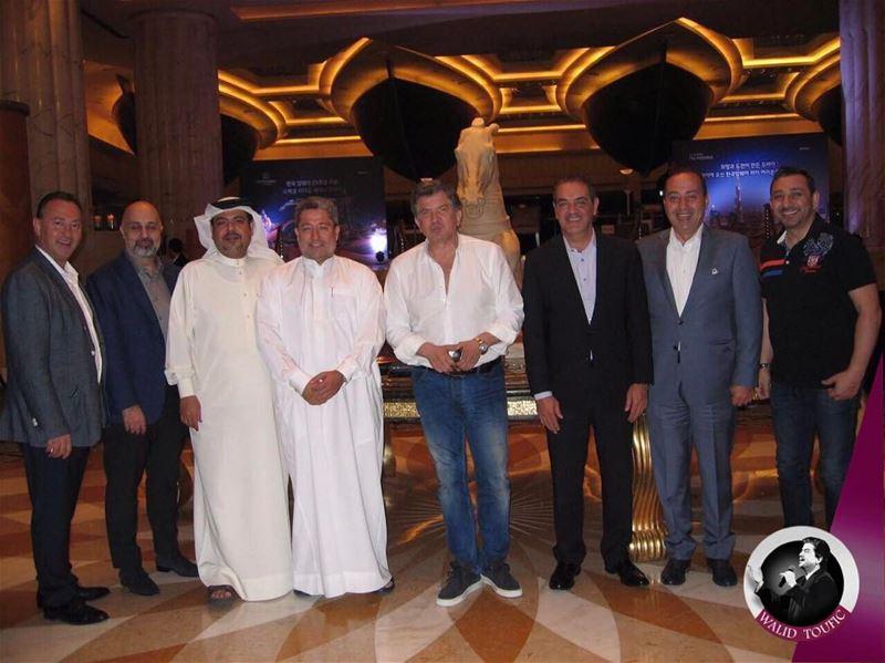 مااحلى لقاء الاحبه والاصدقاء في دبي @mansoor.alsharif @Ahmed.alawar @j.j.s (Dubai, United Arab Emirates)