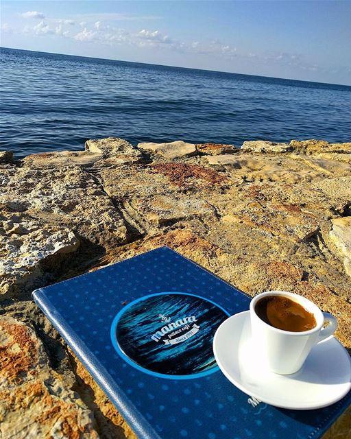 اين أنتشاركيني قهوتي..!قبل ان تبرد مساء_الشوق .. قهوتي قهوتي_السمراء (Al-Manara - Palace)