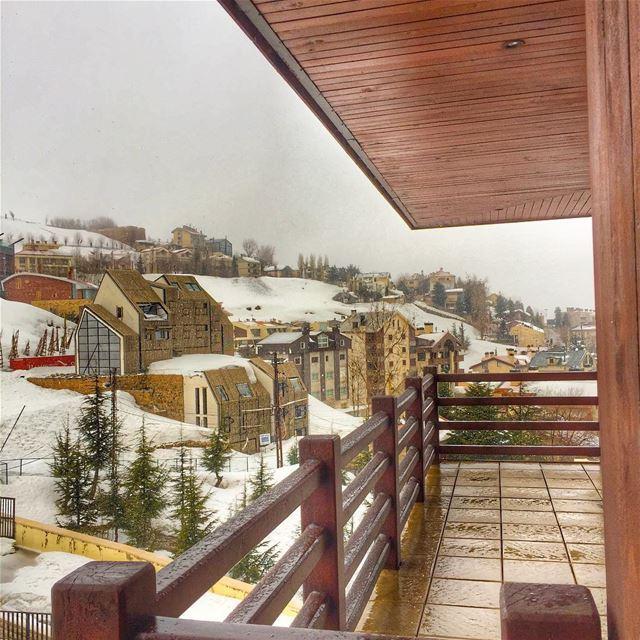Snowy day ❄️❄️❄️. Morning Lebanon 🌨🌨 ... ski lebanon faraya snow... (InterContinental Mzaar Lebanon Mountain Resort & Spa)