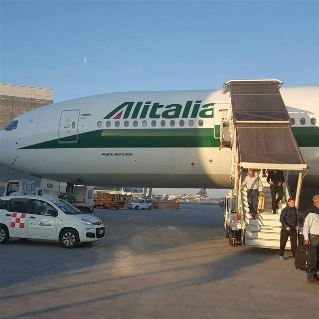 Heading Home ..... rome transit beirut lebanon alitalia airport ... (Aeroporti di Roma - Roma Fiumicino)
