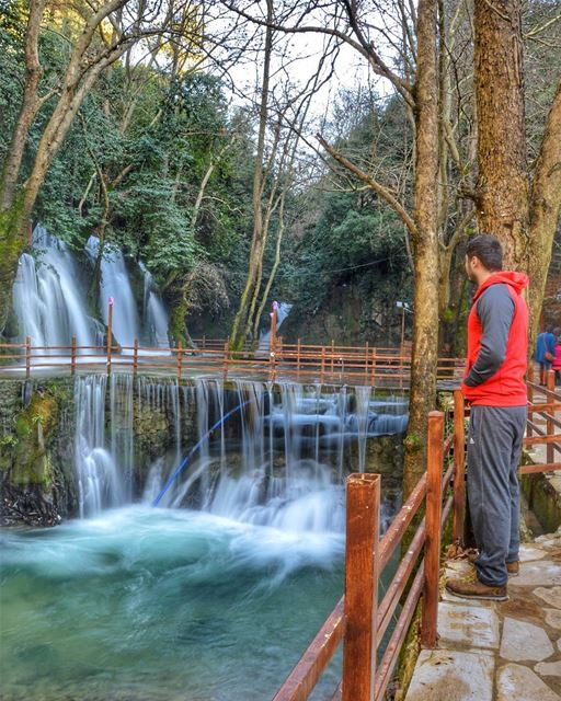 📷📷.... waterfall nature water lagoon river trees naturephotography... (Baaklin, Mont-Liban, Lebanon)
