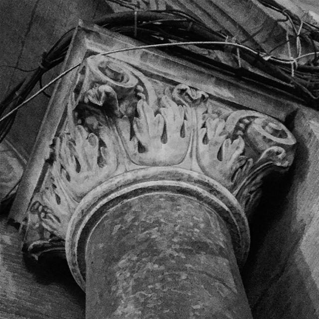 Roman Corinthian Column in Gemmayze . column architecture ... (Gemmayze)