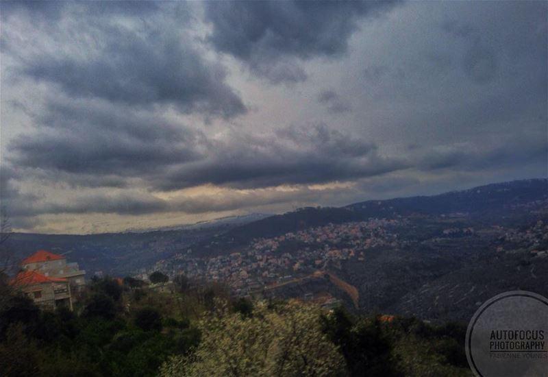 JE N'AVANCE PAS VITE MAIS JE NE RECULE JAMAIS ~A.L~ autofocus ... (Zabbugha, Mont-Liban, Lebanon)