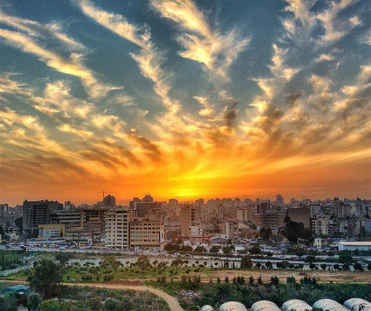 An amazing sunset from Beirutمغيب الشمس من بيروت 😊Photo taken by @jamesa (Beirut, Lebanon)