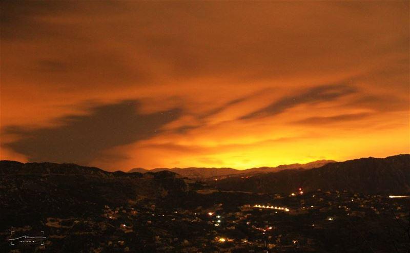 Magic happens when the sun goes down 🌋🌋 (Ehmej, Mont-Liban, Lebanon)