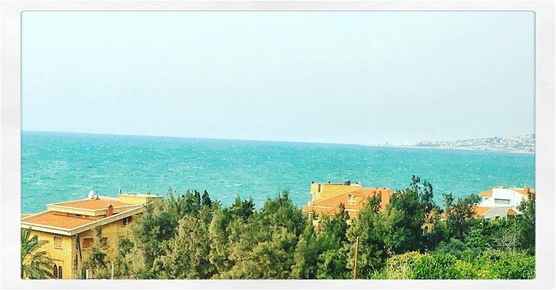 ... (Halat, Mont-Liban, Lebanon)