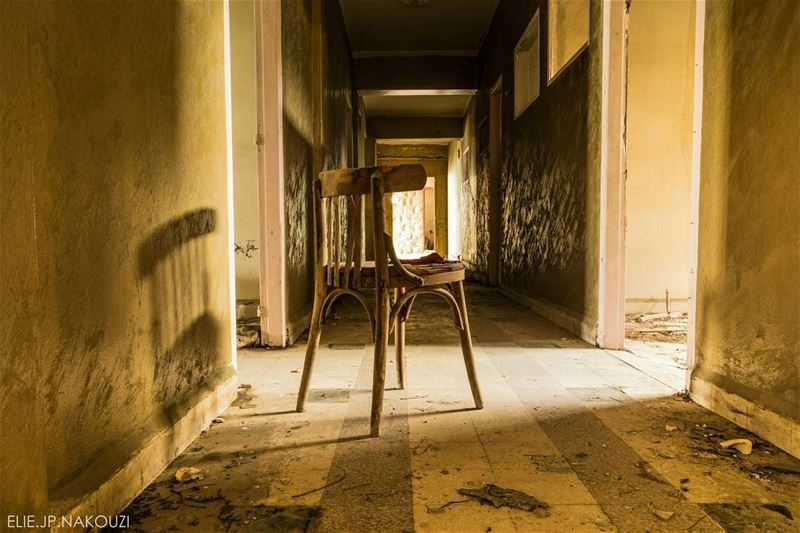 Abandoned hallway left for a lonely chair.👻!! nikon photography ...