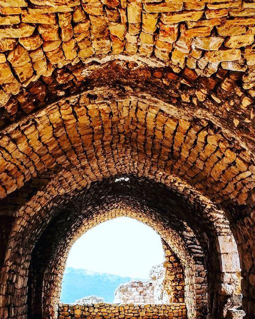The Patriarch Saint Jean Maroun Hall at the Smar Jbeil Crusader Castle... (Smar Jubayl, Liban-Nord, Lebanon)
