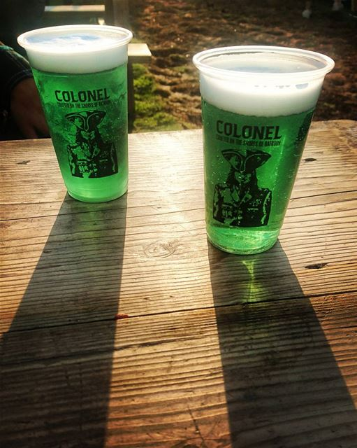 Cheers to happy Sundays.. and to the Irish. ⚪⚪⚪⚪⚪⚪⚪⚪ stpatricks stpattys... (Colonel Beer Brewery)