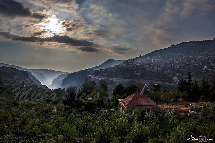 Mountains livelovelebanon landscape sunset thebestinlebanon ...