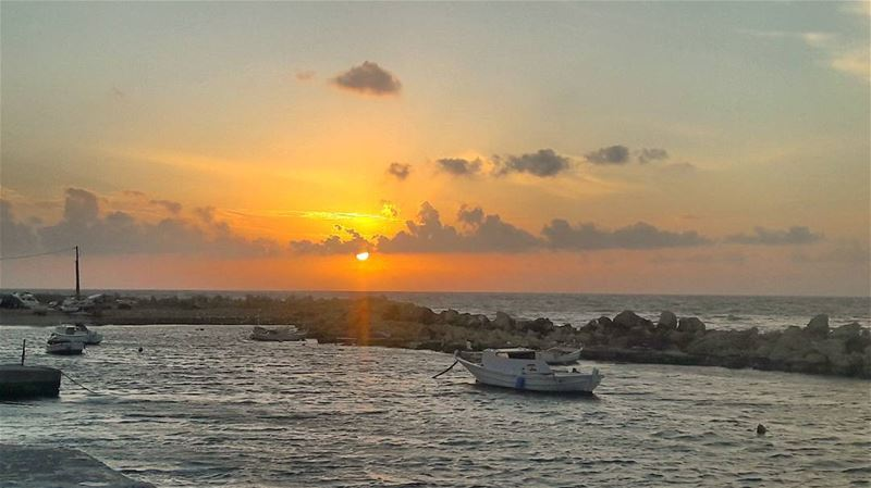 Today's sunset 🌅🌅🌅  Dreamy  غروب  طرابلس  لبنان  Romantic  Love ... (Tripoli, Lebanon)