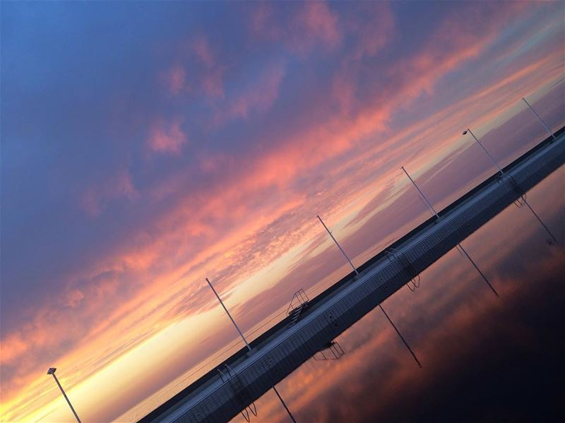 ❤❤❤Did u know that beautiful skies are nothing but a reflection of our... (Waterfront City)