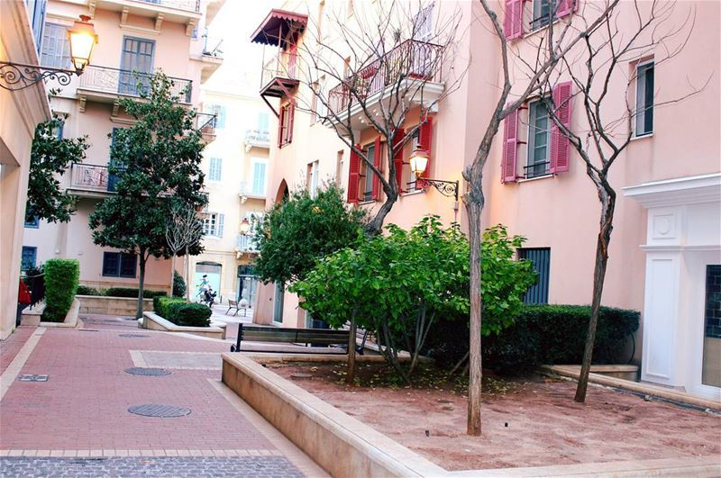 picoftheday tuesday lebanon beirut mybeirut silence beauty trees old... (Saifi village)