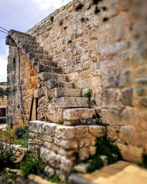 Your Lebanese Steps to HeavenSaint Nohra lebanoninapicture ... (Smar Jubayl, Liban-Nord, Lebanon)