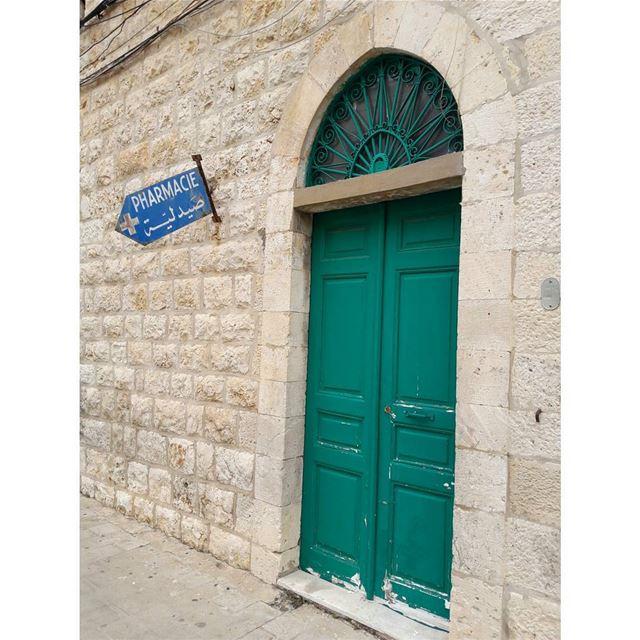 jounieh oldsouk Lebanon RoyALKhouryPhotography pharmacy olddoor ... (Joünié)