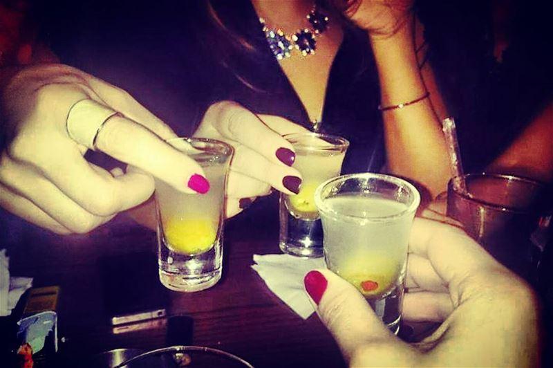 Time to unwind 🍸 ladiesnight friends goodtimes nightout doudoushots ... (Pacifico)