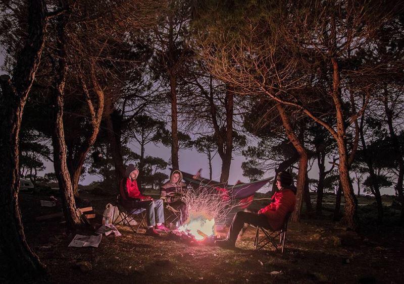 light your campfire🔥🔥..... night campfire camping bonefire nikon...