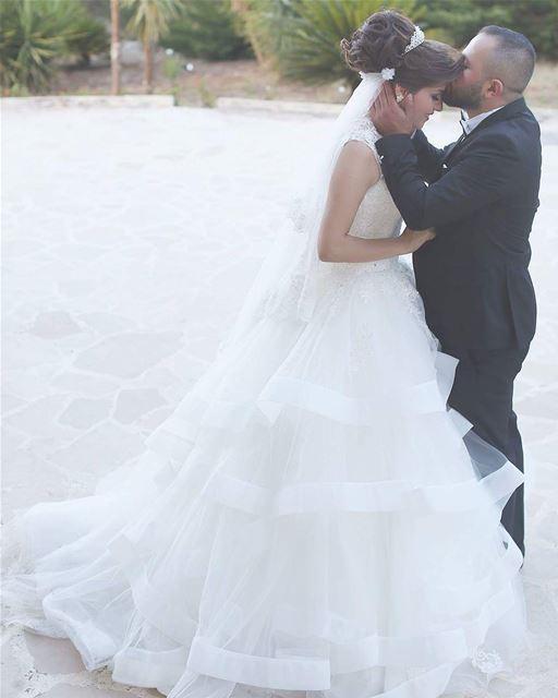 tb to my weddingday❤My weddingshoot was taken by the talented ... (Nabatîyé)