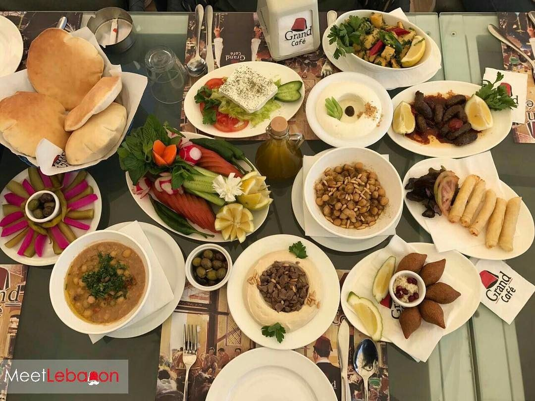 It's lunch time @grandcafe 🍢🍖🥖🥘 Enjoy the beautiful weather lebanon ☀️ (Grand Café)