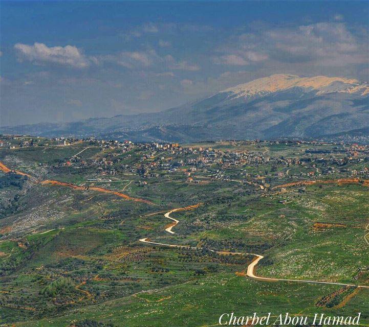 على القليعة شرفونا..... Lebanon whatsuplebanon loves_lebanon ... (El Qlaïaâ, Al Janub, Lebanon)