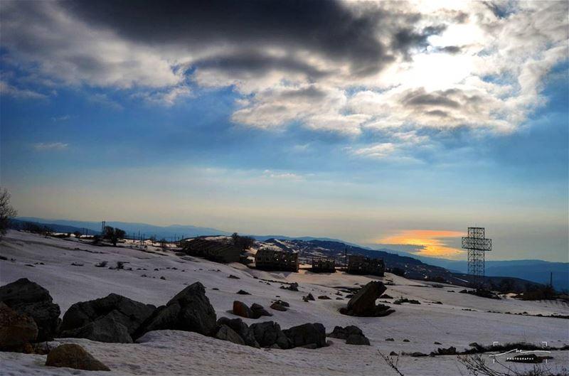 Sun over the seas and the mountains ☀☀❄❄ (Kanat Bekish)