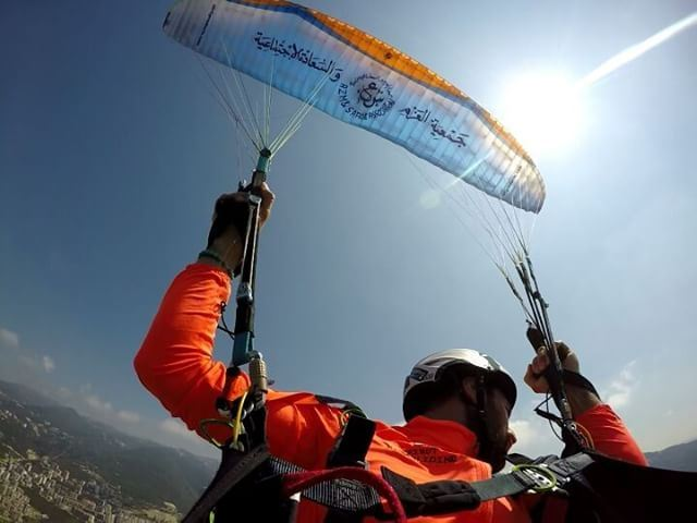 keeptraining  acrobaticsparagliding  today  at_harissa_jounieh ...